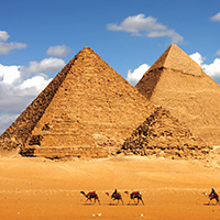 egito__0004_Egypt-Cairo-GizaPyramids-shutterstock_30216103